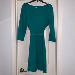 Green Old Navy dress with matching belt